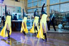 Презентация автомобиля  KIA Quoris в салоне официального дилера.  Танцевальное шоу.